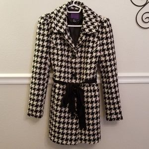 Forever 21 Women's Size MD Houndstooth Pea Coat